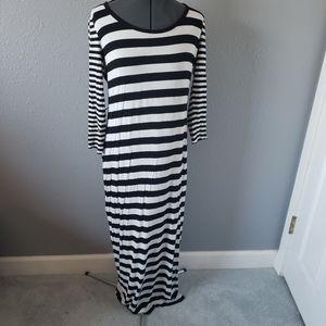 CALVIN KLEIN striped maxi dress size 8 long sleeve